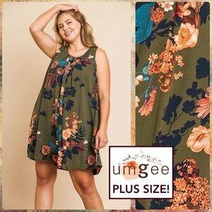 Umgee Sleeveless Floral Print Trim Detailed Neck